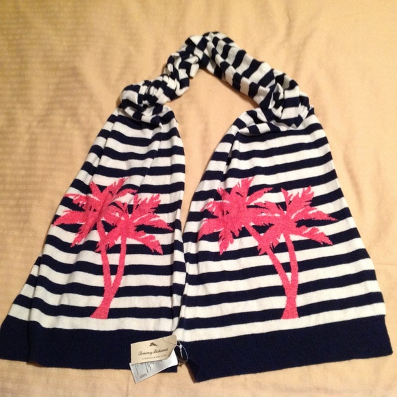 Tommy Bahama Accessories - Tommy Bahama Scarf NWT Pink Palms